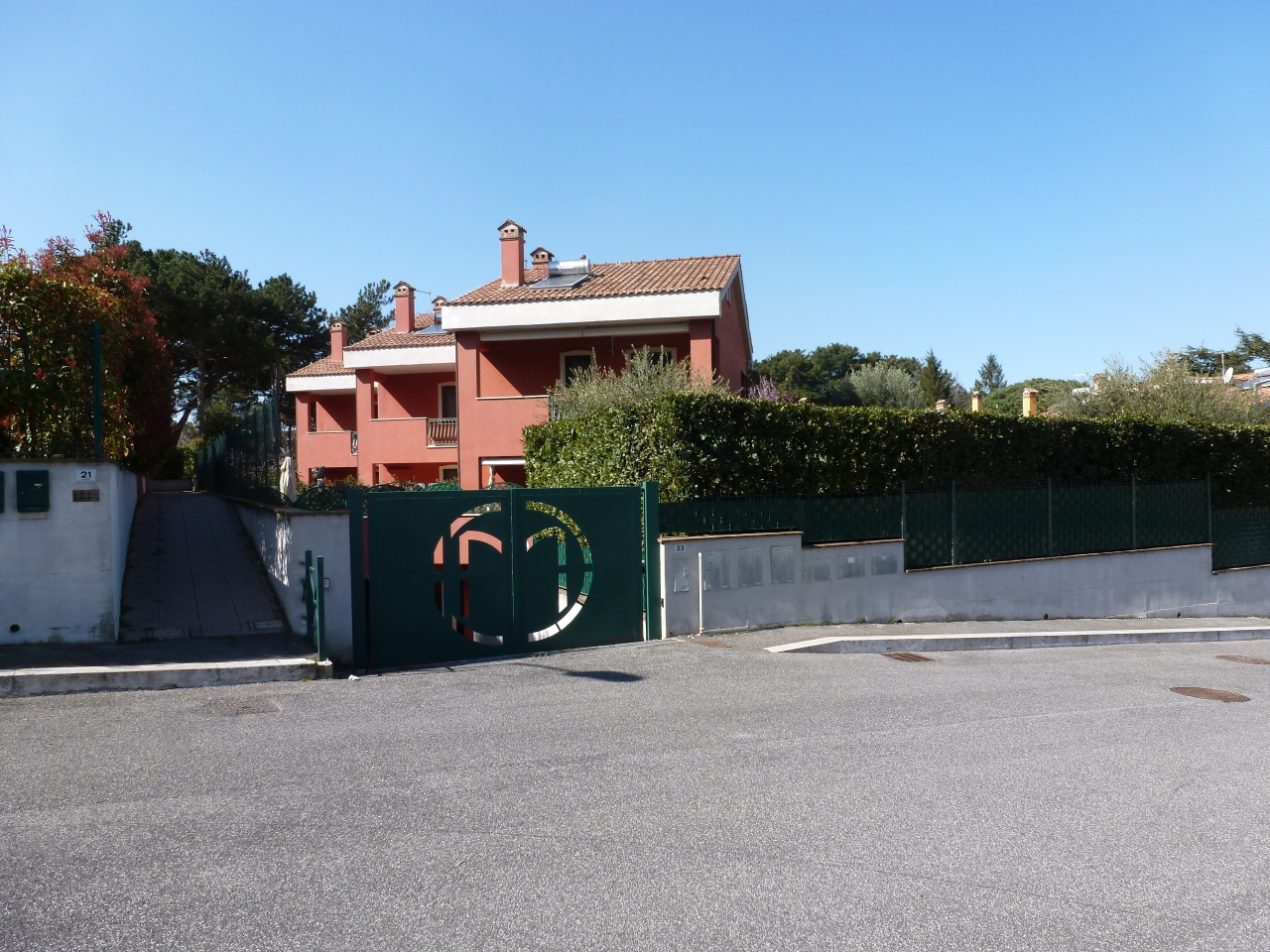 Soluzione Indipendente in vendita a Rocca di Papa, 6 locali, prezzo € 370.000 | Cambio Casa.it