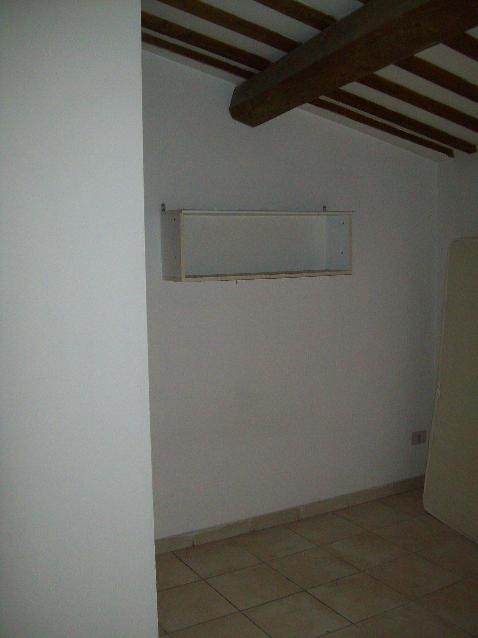 Soluzione Indipendente in vendita a Jesi, 9999 locali, prezzo € 50.000 | Cambio Casa.it