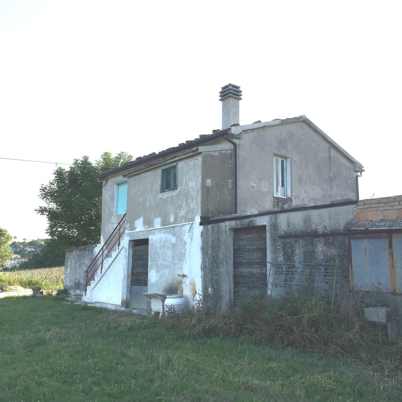 Rustico / Casale in affitto a Serra San Quirico, 9999 locali, Trattative riservate | Cambio Casa.it