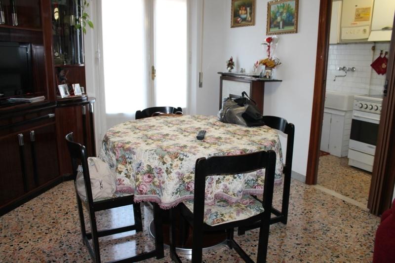 Appartamento in vendita a Jesi, 9999 locali, prezzo € 135.000 | Cambio Casa.it