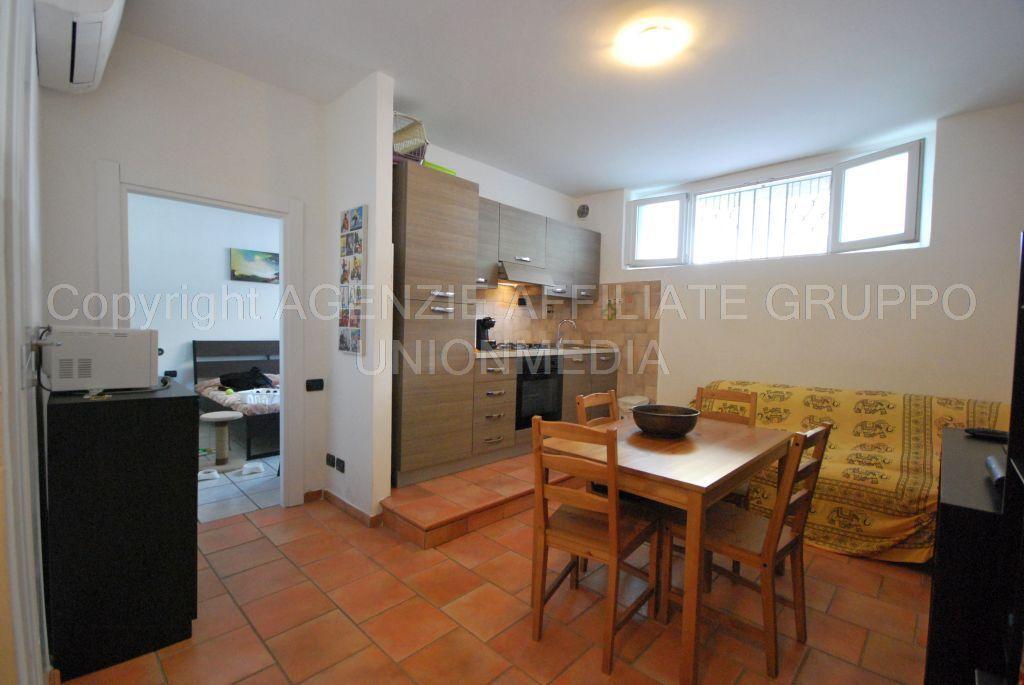 vendita appartamento carrara   70000 euro  2 locali  40 mq