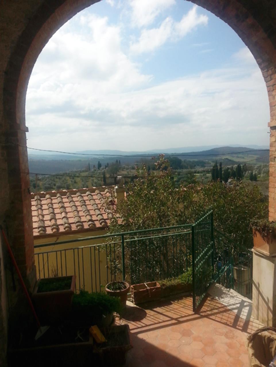 Appartamento in vendita a Trequanda, 8 locali, prezzo € 220.000 | Cambio Casa.it