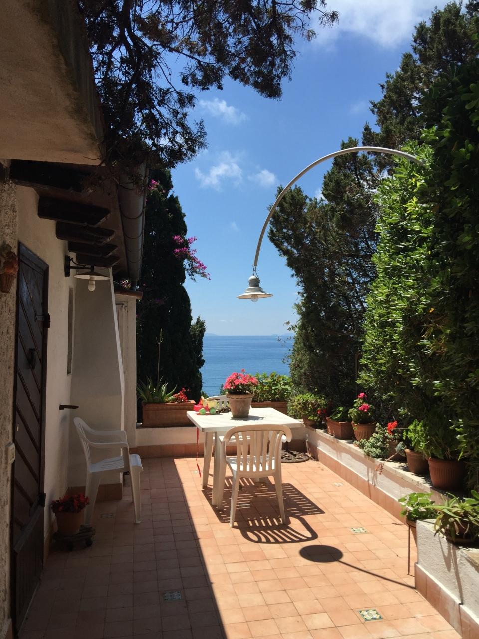Villa in vendita a San Felice Circeo, 18 locali, prezzo € 1.580.000 | Cambio Casa.it