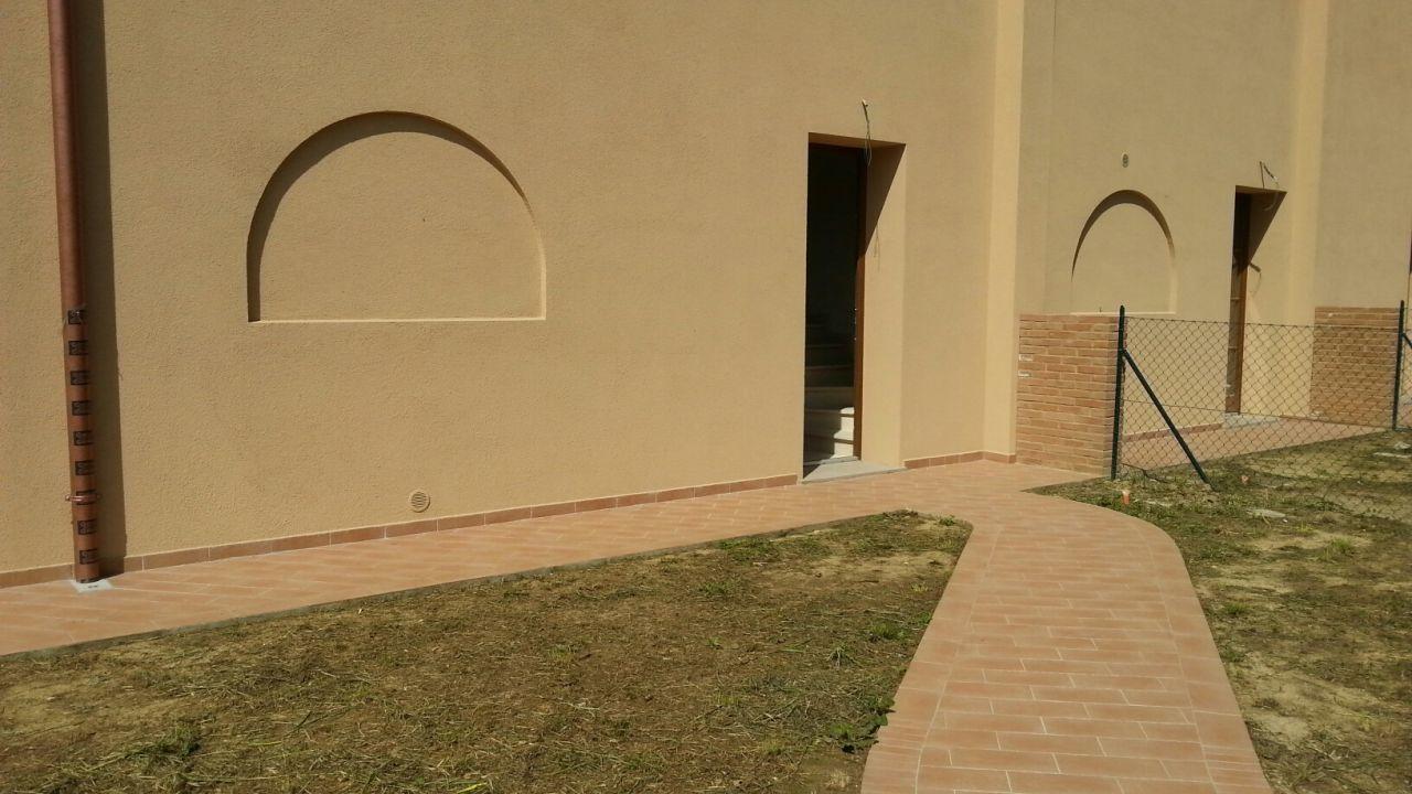 Appartamento in vendita a Calcinaia, 3 locali, prezzo € 225.000 | Cambio Casa.it