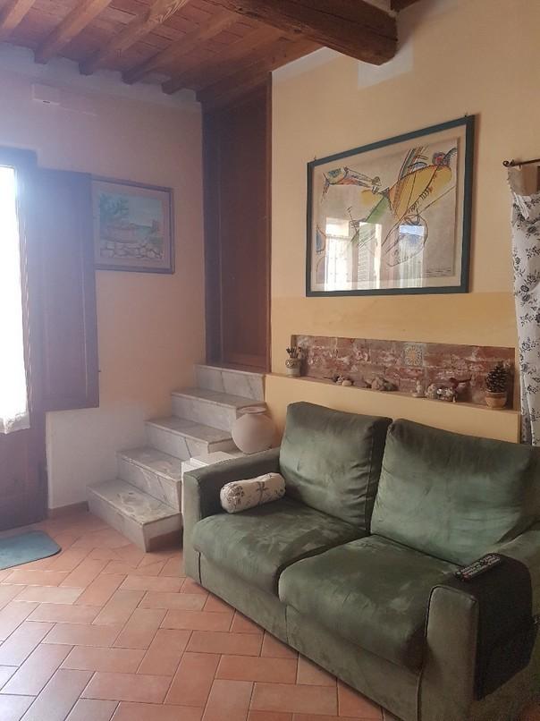 Soluzione Indipendente in vendita a Cascina, 6 locali, prezzo € 200.000 | CambioCasa.it