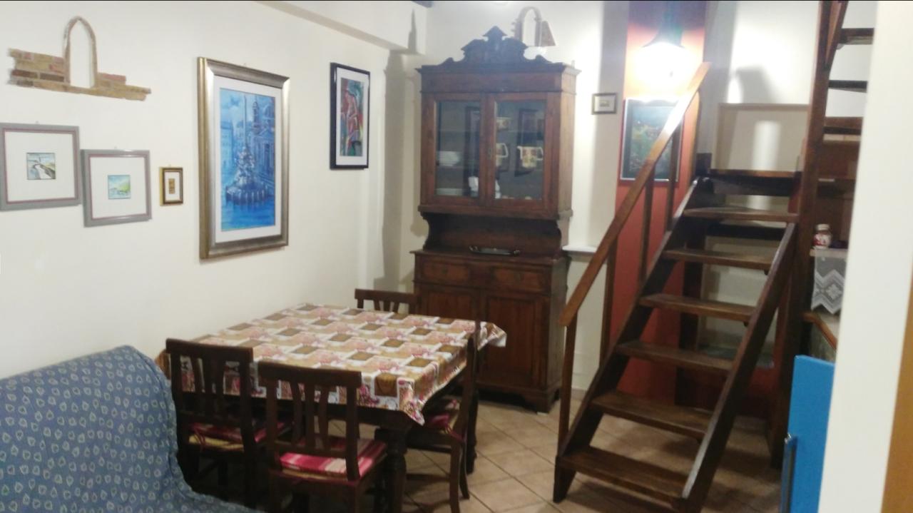 Bilocale Segni Via Santa Lucia 5