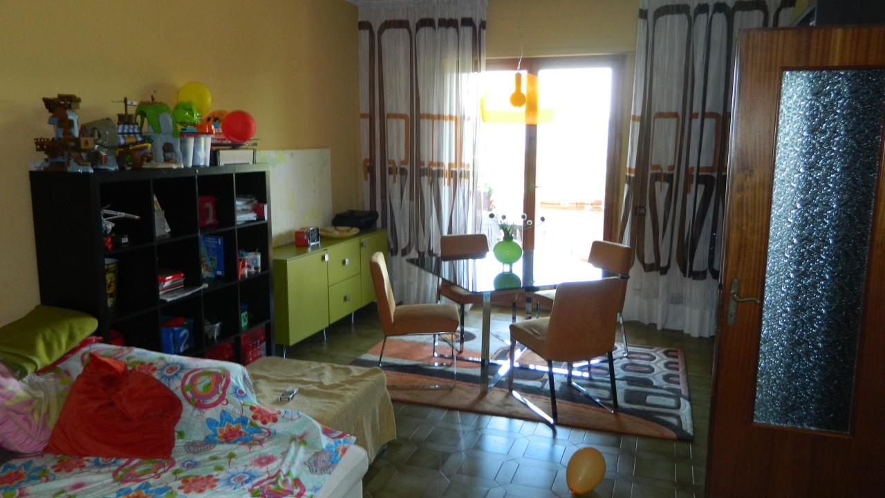 vendita appartamento castelnuovo magra   225000 euro  4 locali  97 mq