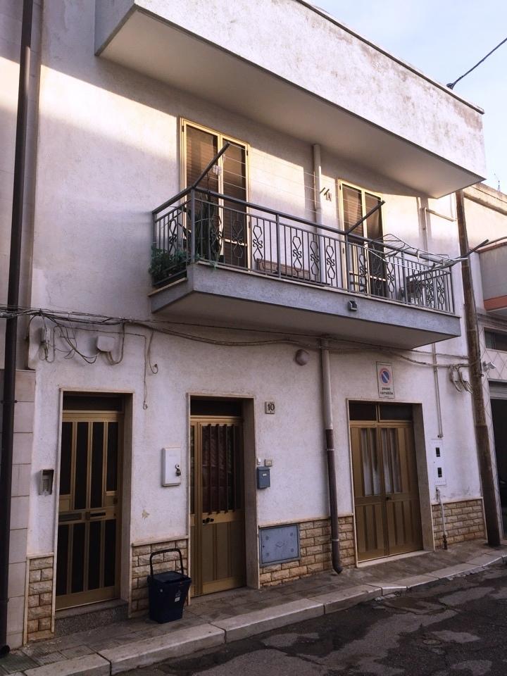 Casa indipendente 6 locali in vendita a Casamassima (BA)