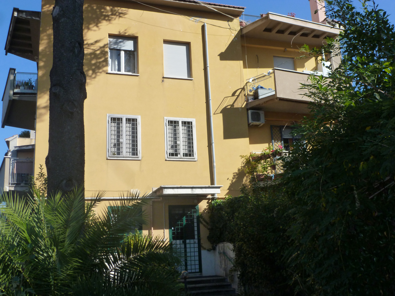 Appartamento in vendita a Grottaferrata, 5 locali, prezzo € 349.000 | Cambio Casa.it