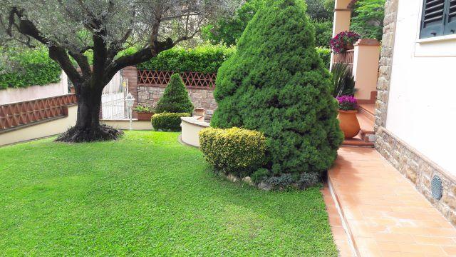 Villa in vendita a Vecchiano, 8 locali, prezzo € 530.000 | Cambio Casa.it