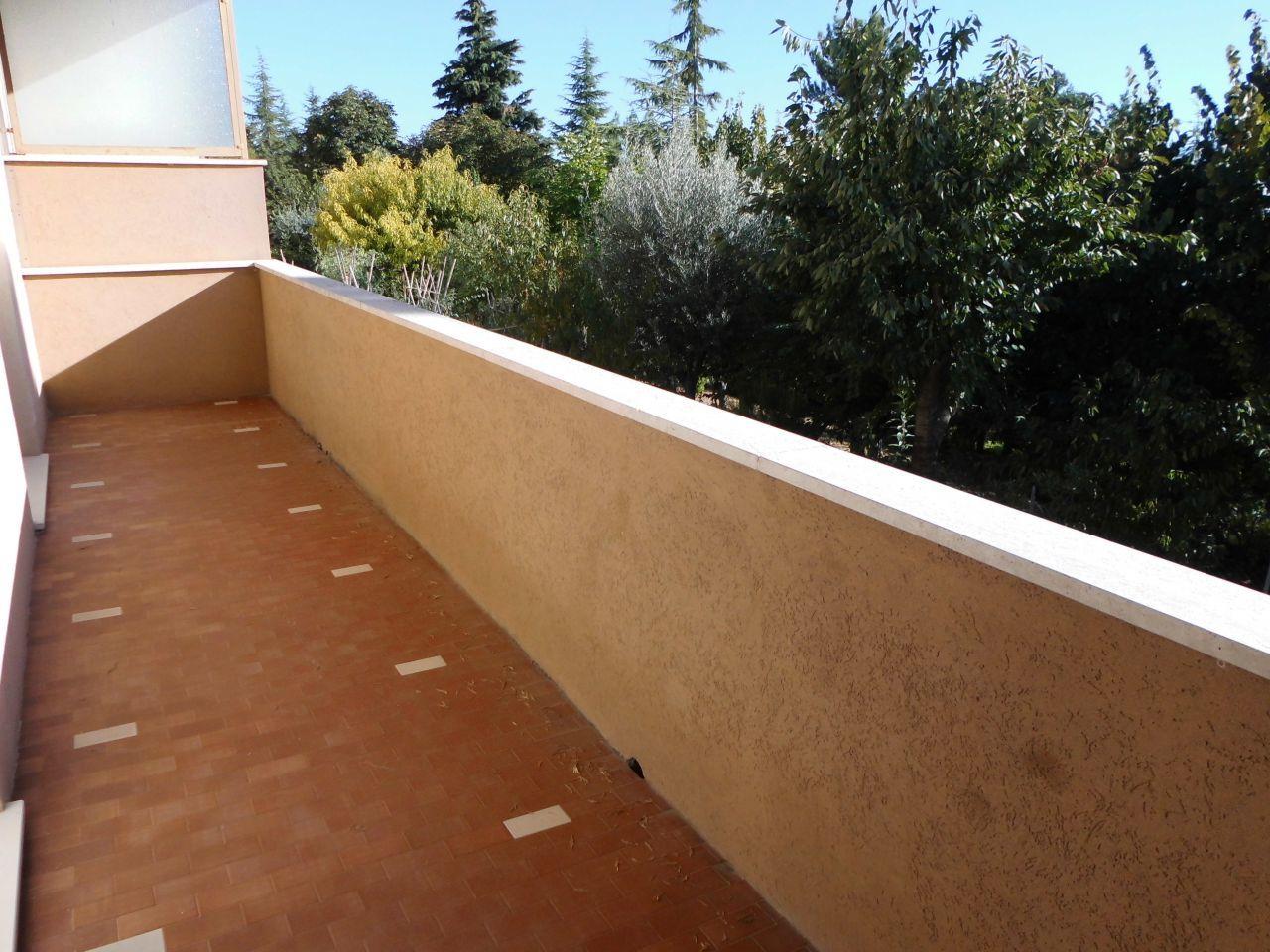 Appartamento in vendita a Maiolati Spontini, 6 locali, prezzo € 145.000   Cambio Casa.it