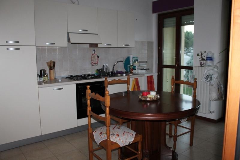 Appartamento in affitto a Castelbellino, 3 locali, prezzo € 400 | Cambio Casa.it