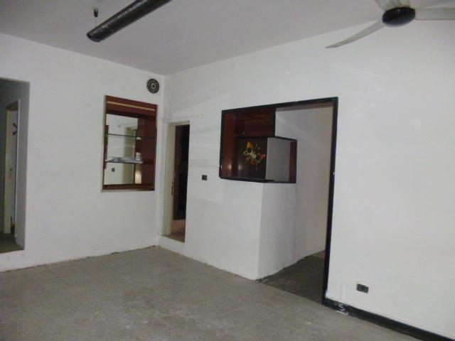 Negozio / Locale in affitto a Jesi, 9999 locali, prezzo € 450 | Cambio Casa.it
