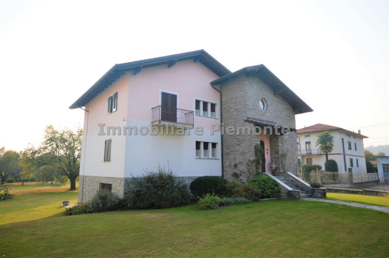 Villa in Vendita a Gozzano