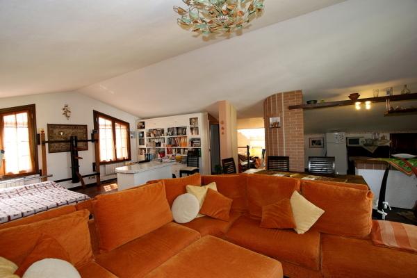 Villa in vendita a Pisa, 8 locali, prezzo € 980.000   Cambio Casa.it