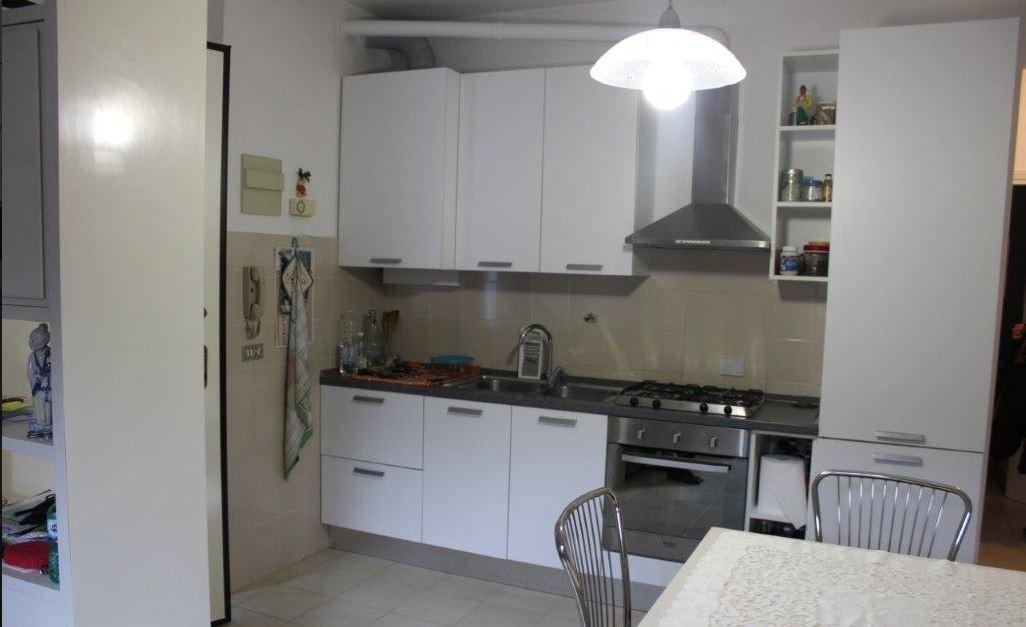 vendita appartamento carrara   145000 euro  2 locali  50 mq