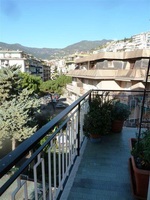 Bilocale Sanremo Inizio Via Pietro Agosti 12