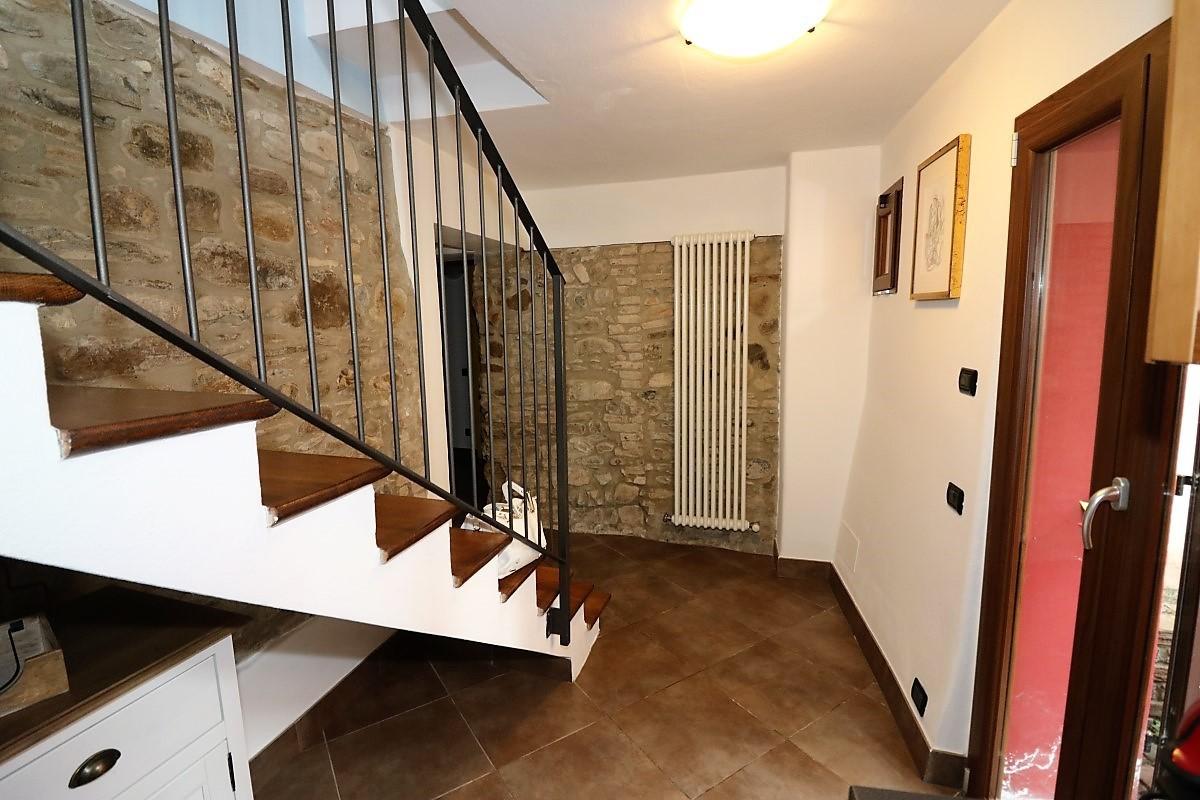 Bilocale vendita lesignano de bagni zona stadirano for Planimetrie in stile sud