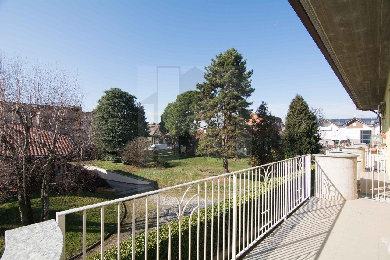 Appartamento in affitto a Uboldo, 3 locali, prezzo € 650 | Cambio Casa.it