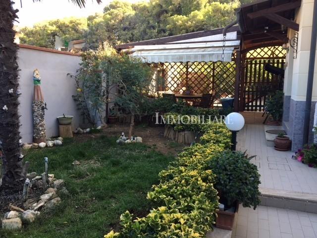 livorno vendita quart: antignano biagiotti-immobiliare-s.a.s