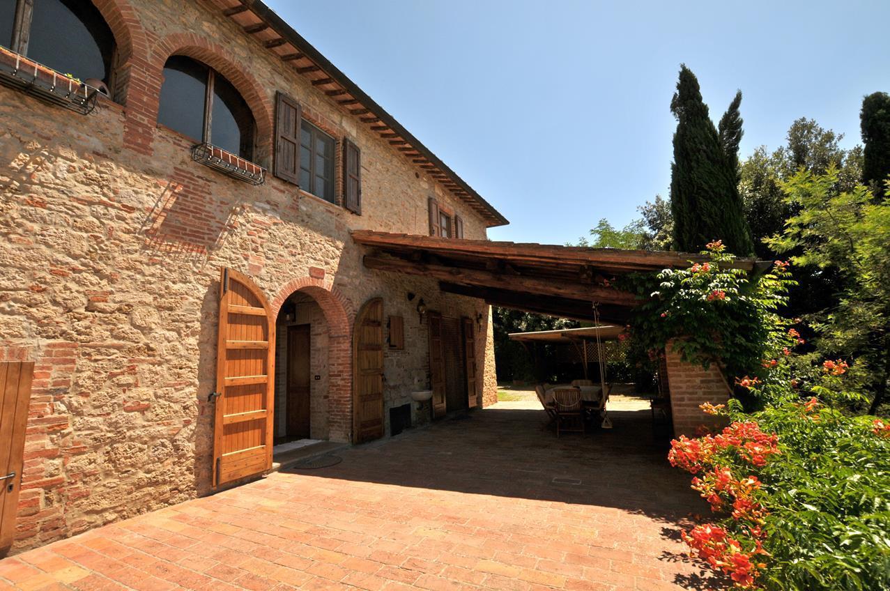 Rustico / Casale in vendita a Asciano, 14 locali, prezzo € 1.200.000 | CambioCasa.it