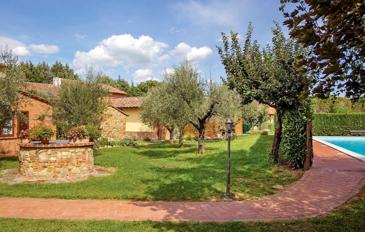 Rustico / Casale in vendita a Castiglione del Lago, 32 locali, prezzo € 3.900.000   CambioCasa.it