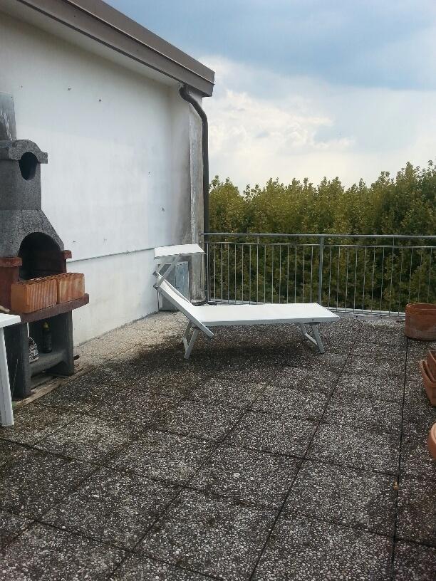 Attico / Mansarda in affitto a Calcinaia, 3 locali, prezzo € 450 | Cambio Casa.it