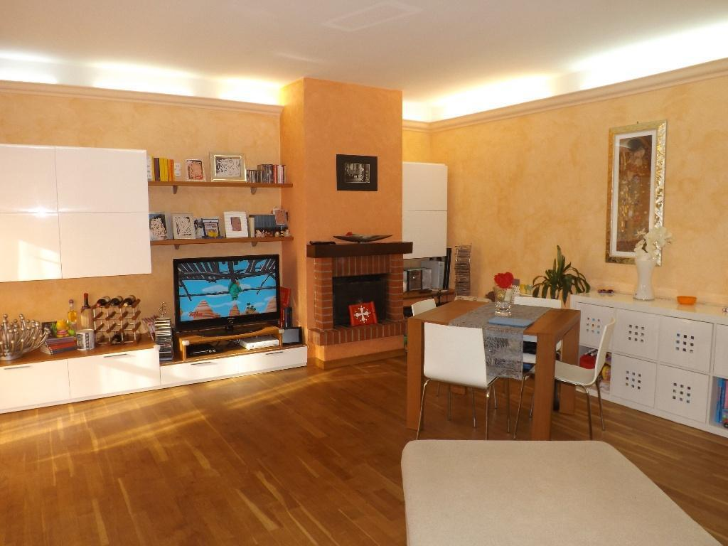 Appartamento in vendita a Cascina, 3 locali, prezzo € 129.000 | Cambio Casa.it