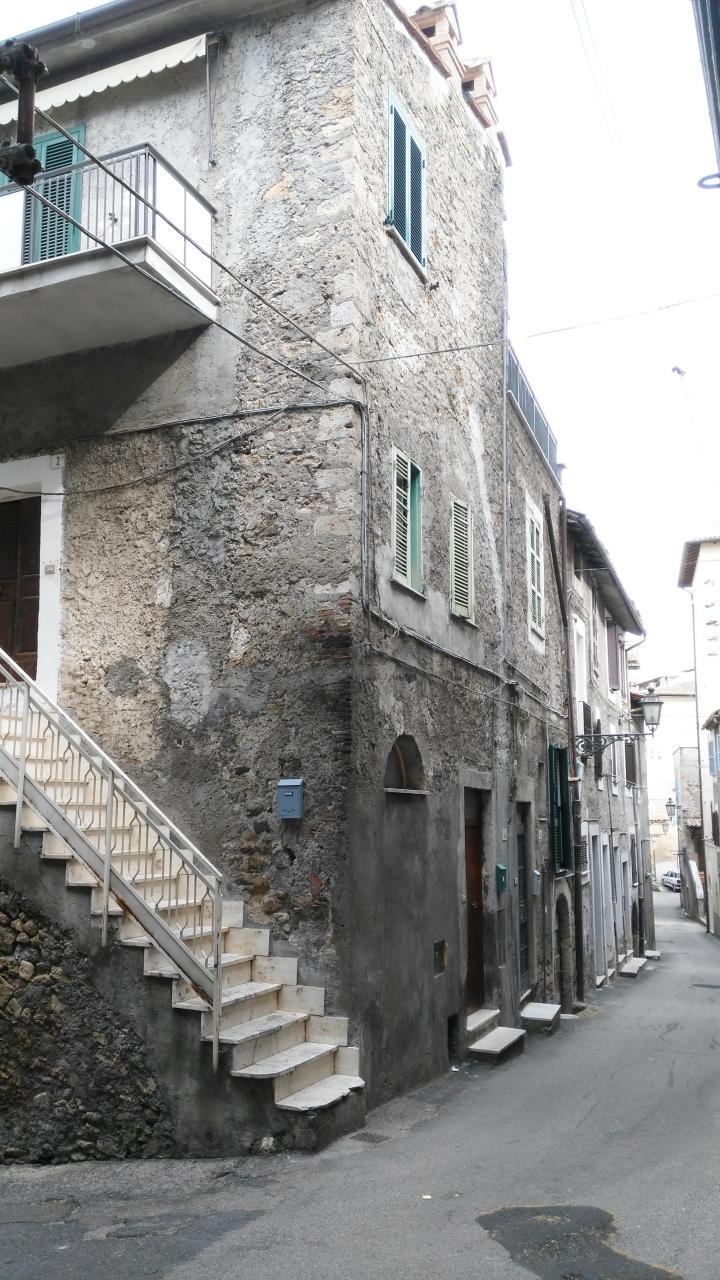 Bilocale Anagni Via Della Valle 6