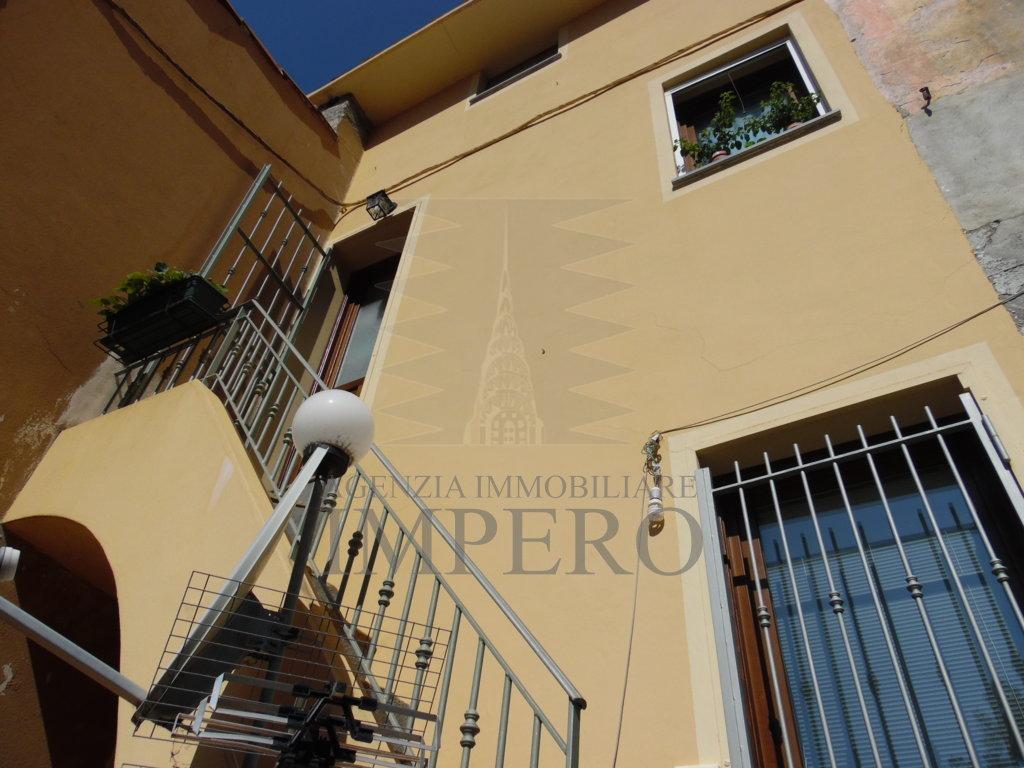 Bilocale Ventimiglia Via Salita Al Forno 10