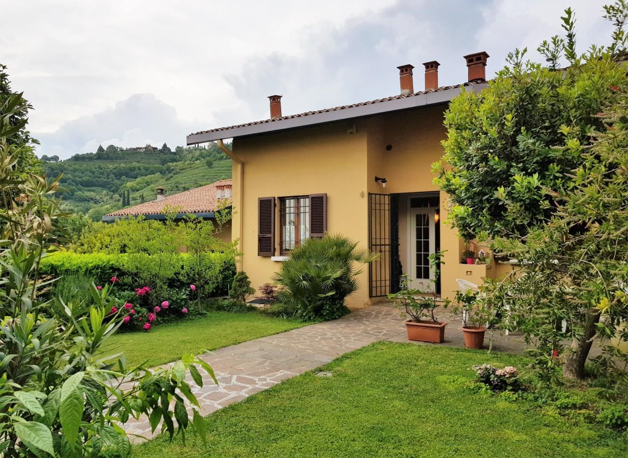 Villa Affiancata - Schiera, 260 Mq, Vendita - Cellatica (BS)