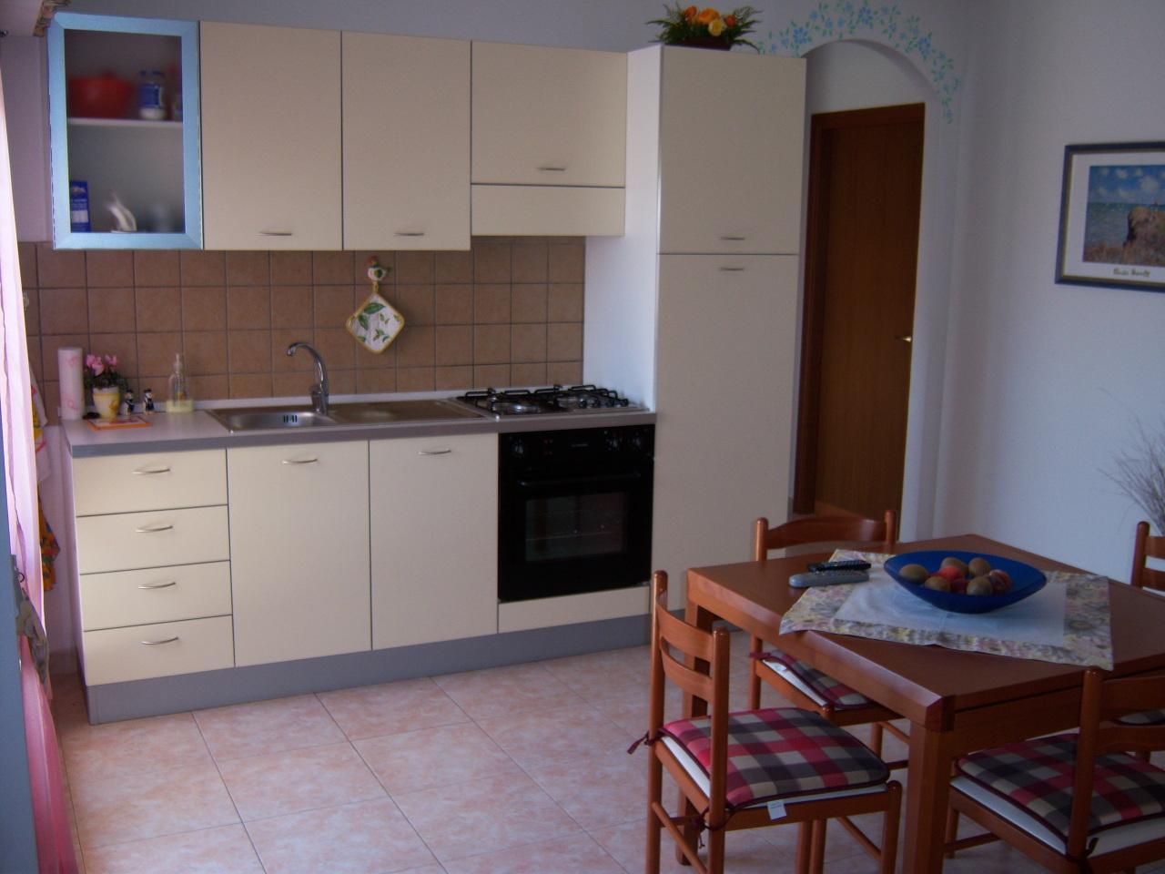 Appartamento trilocale in vendita a Portoscuso (CI)