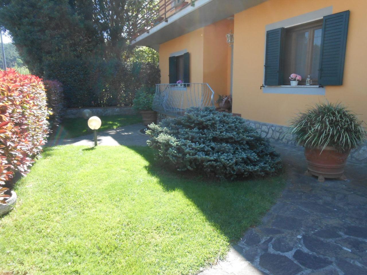 Appartamento in vendita a Lucca, 5 locali, prezzo € 340.000   Cambio Casa.it
