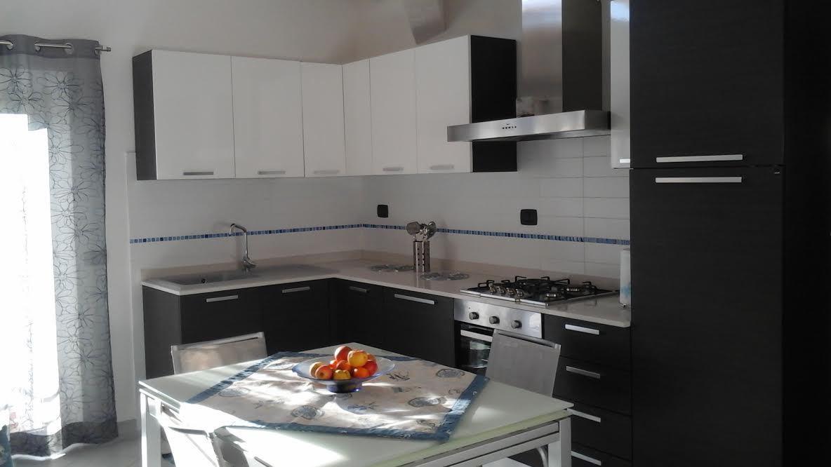 vendita appartamento massa   250000 euro  3 locali  65 mq
