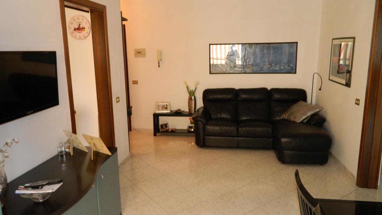 vendita appartamento carrara   165000 euro  4 locali  80 mq