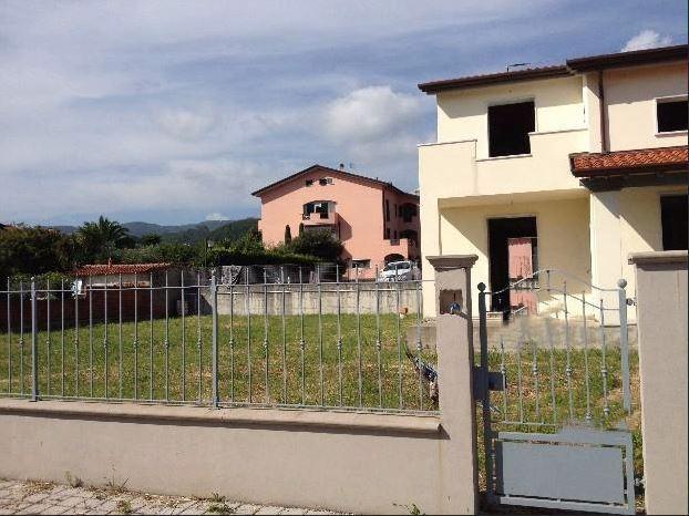 Casa semindipendente in vendita, rif. 105769