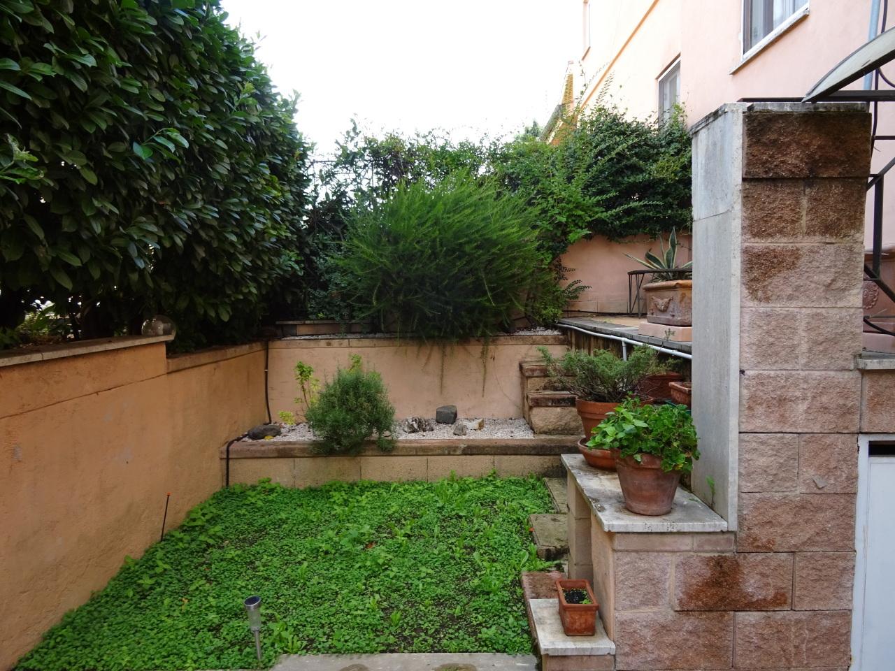Appartamento in vendita a Grottaferrata, 3 locali, prezzo € 185.000 | Cambio Casa.it