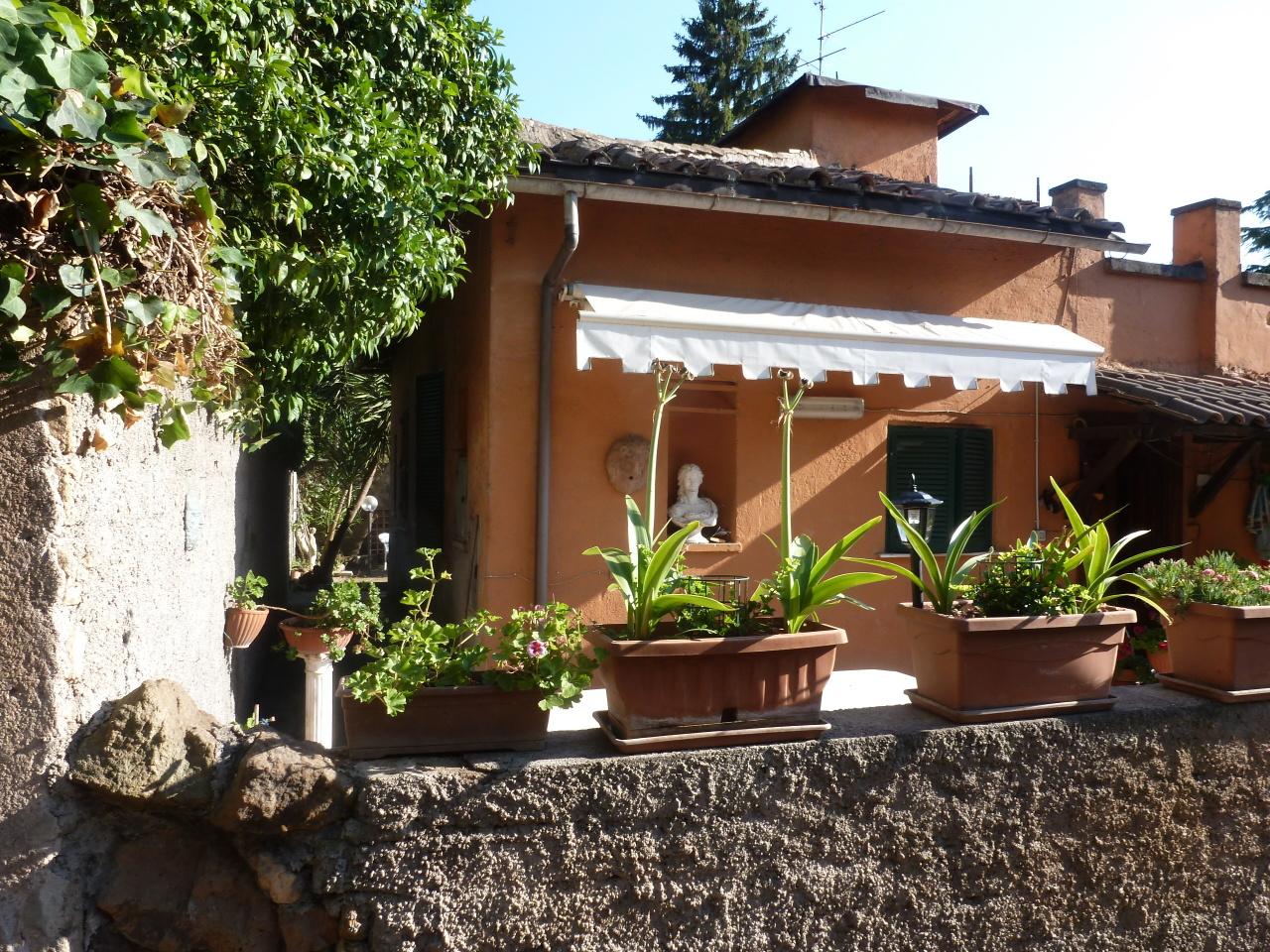 Soluzione Indipendente in vendita a Roma, 4 locali, prezzo € 590.000 | CambioCasa.it