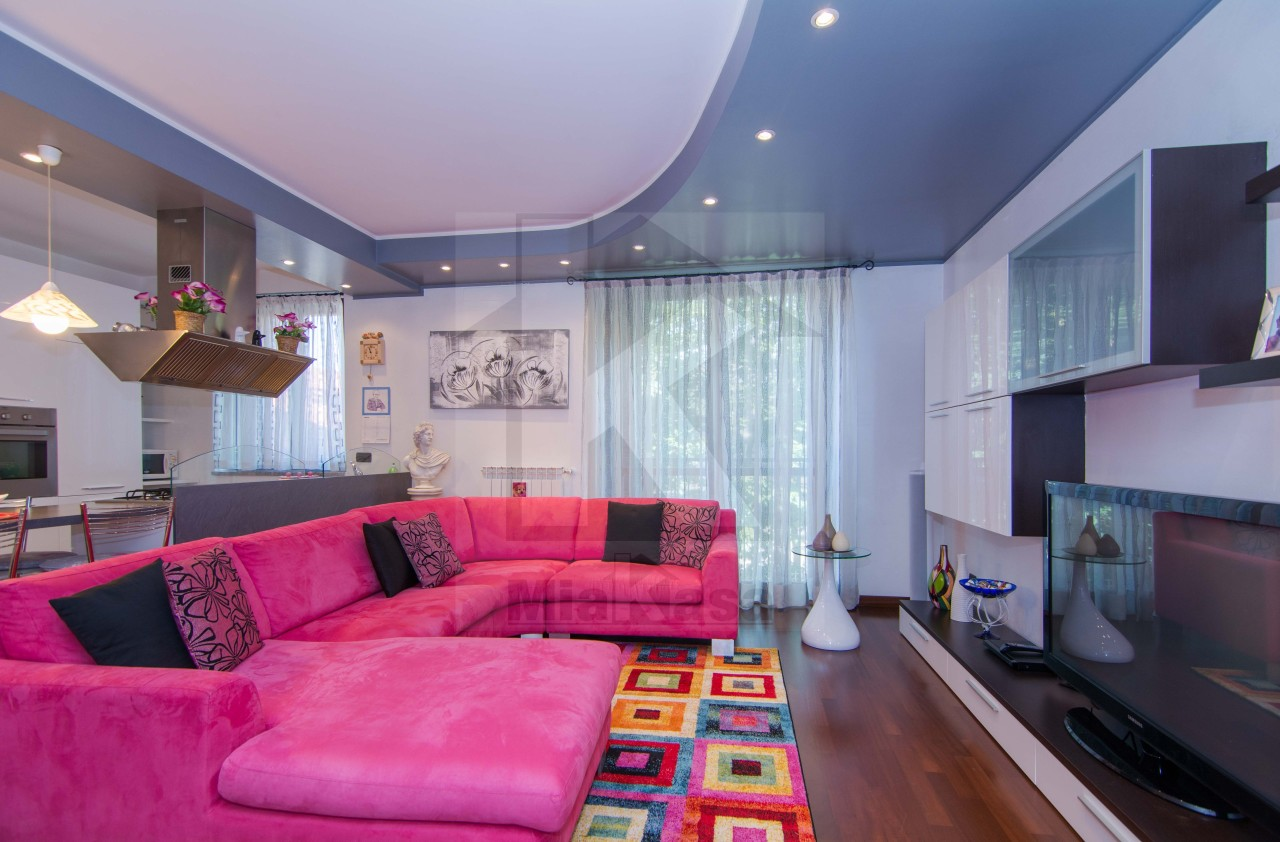 Appartamento in vendita a Uboldo, 3 locali, prezzo € 168.000 | Cambio Casa.it