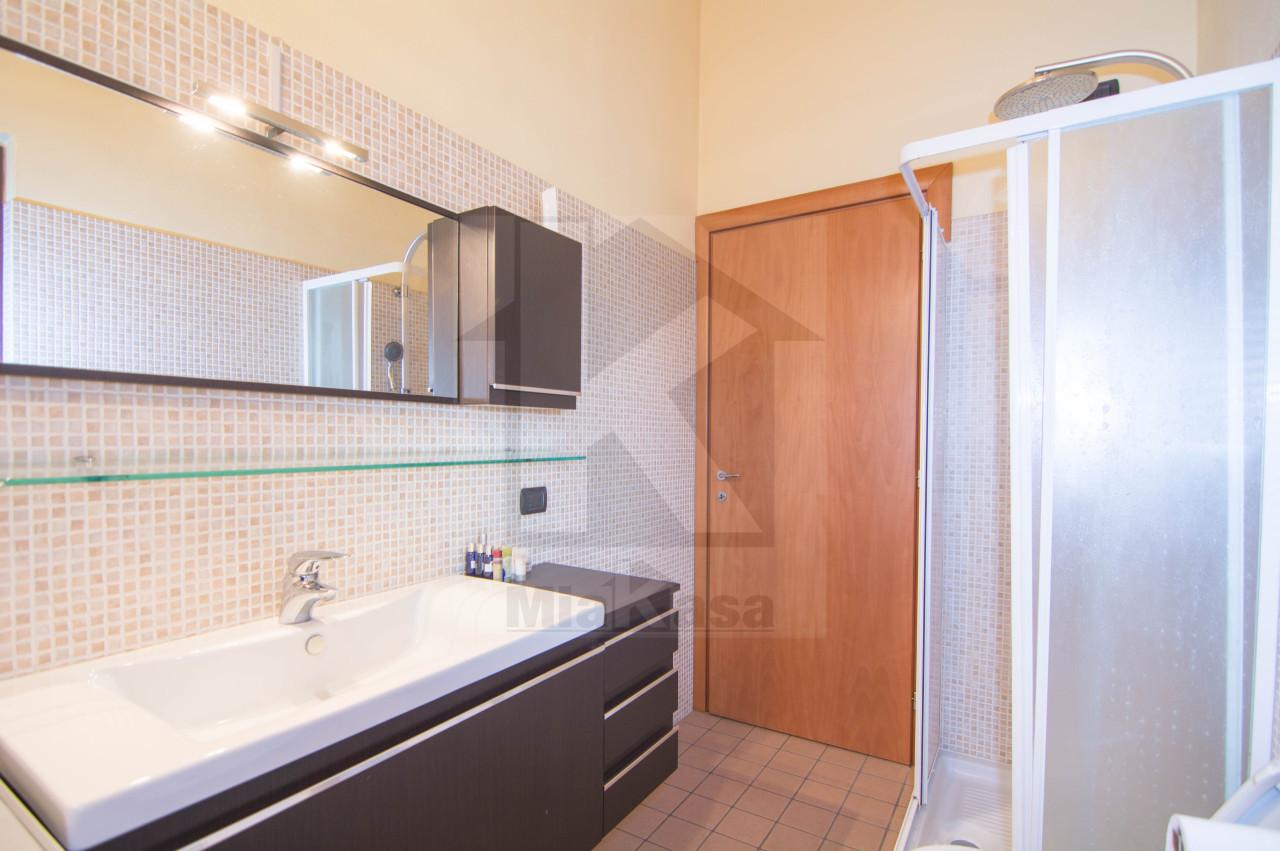 Appartamento in vendita a Origgio, 2 locali, prezzo € 135.000 | Cambio Casa.it