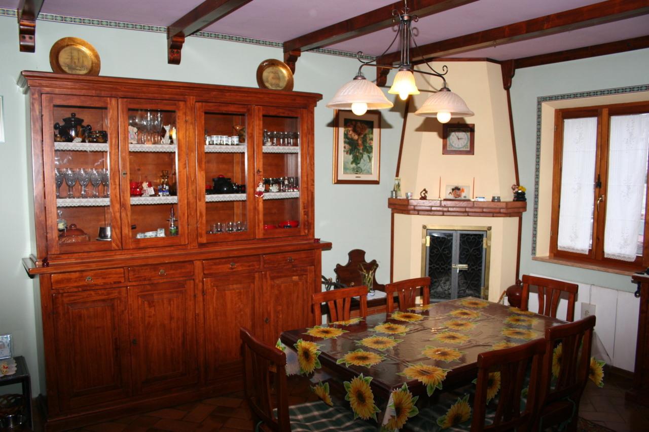 Soluzione Indipendente in vendita a Monte San Vito, 9 locali, prezzo € 220.000 | Cambio Casa.it