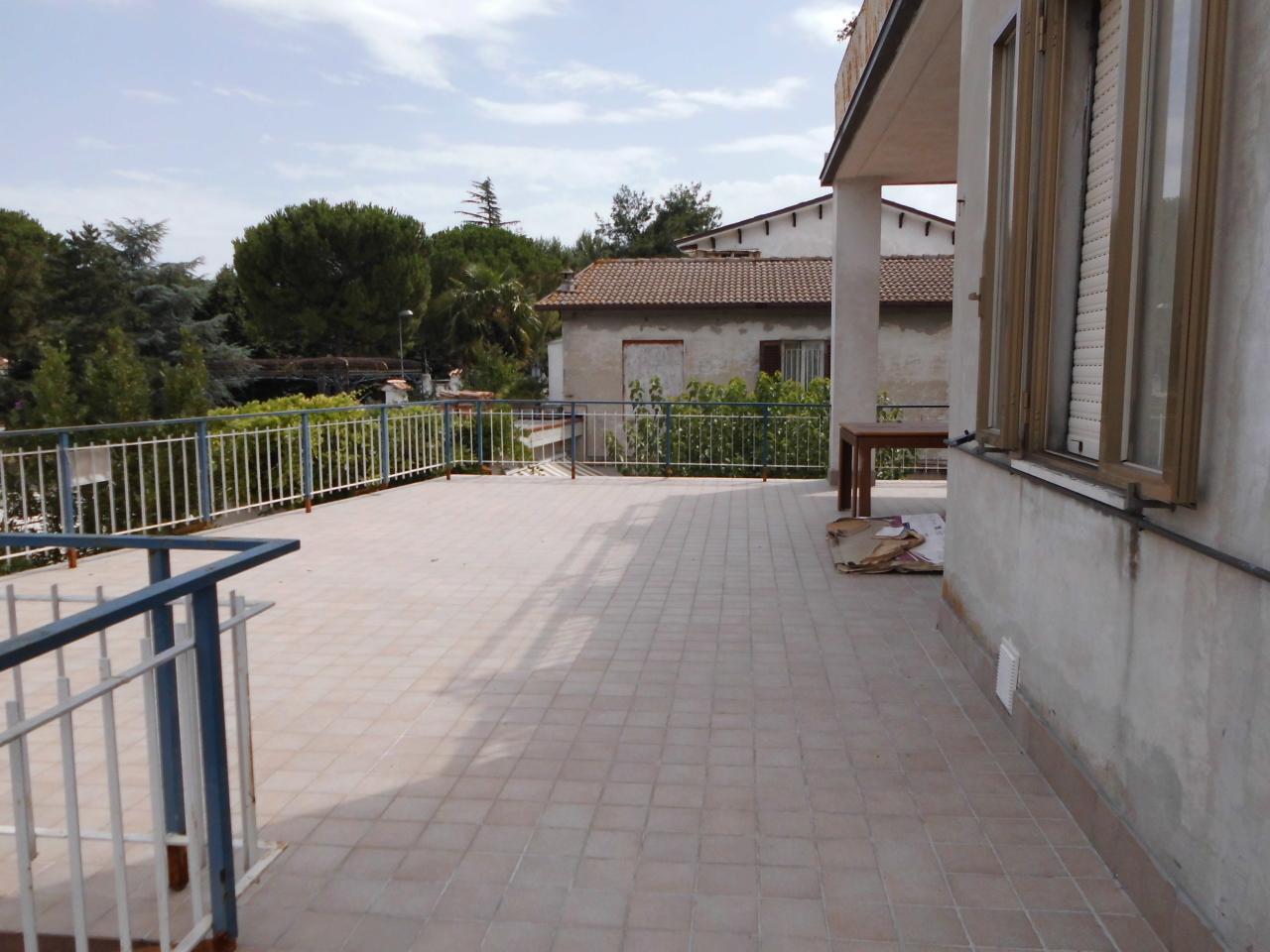 Appartamento in Vendita a Monte Roberto