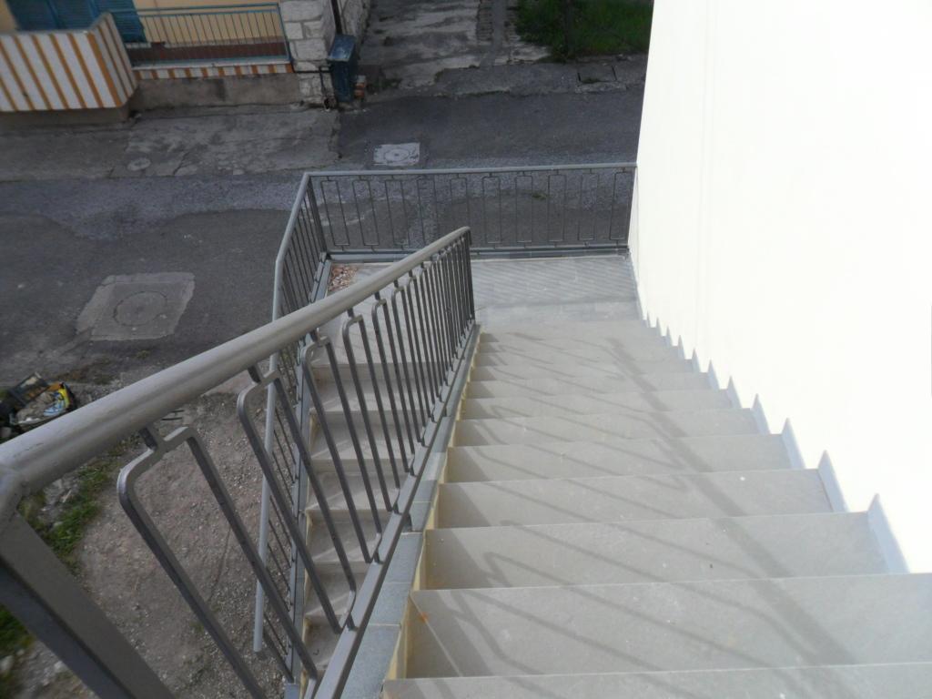 Bilocale Santo Stefano di Magra  8