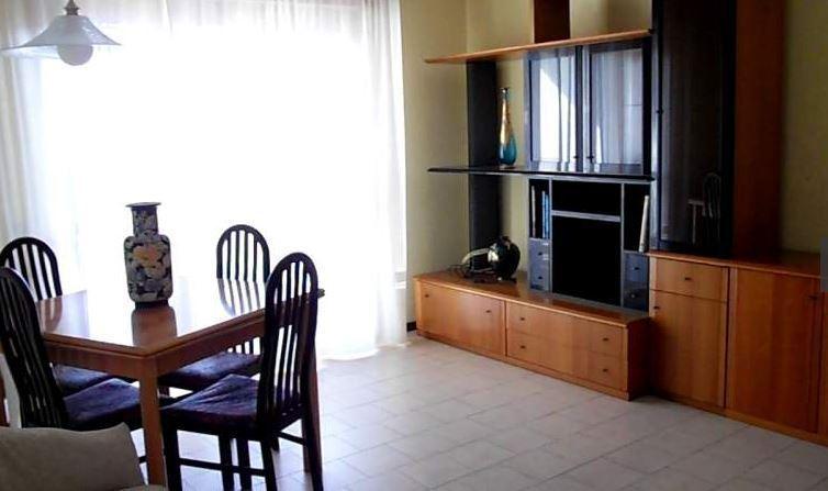 affitto appartamento santo stefano di magra   600 euro  4 locali  75 mq