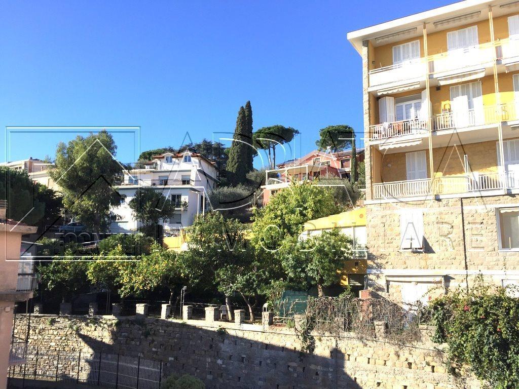 Bilocale Taggia Via Aurelia Ponente 1