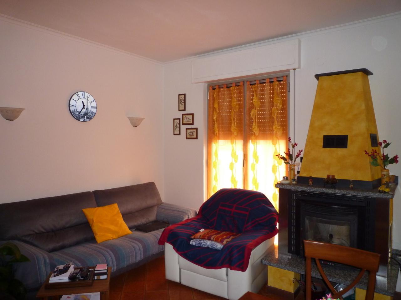 Bilocale Casella Via C Colombo  12 5