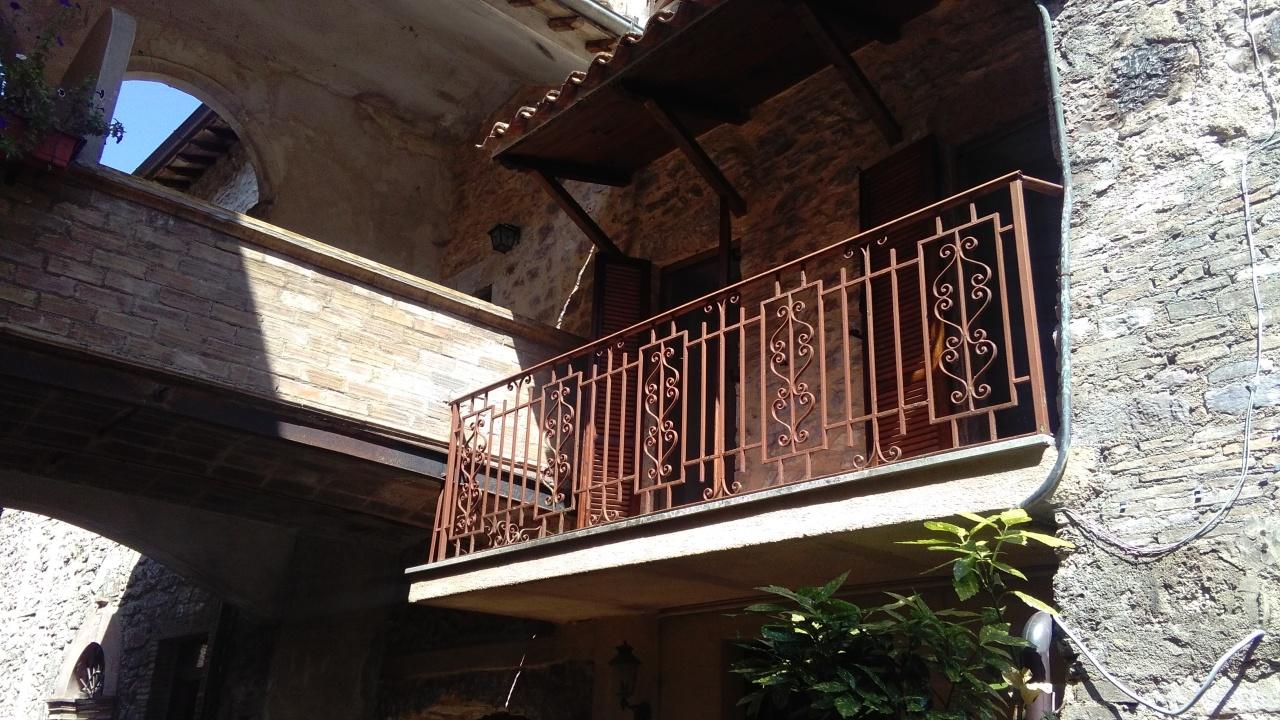 Appartamento quadrilocale in vendita a Scheggino (PG)