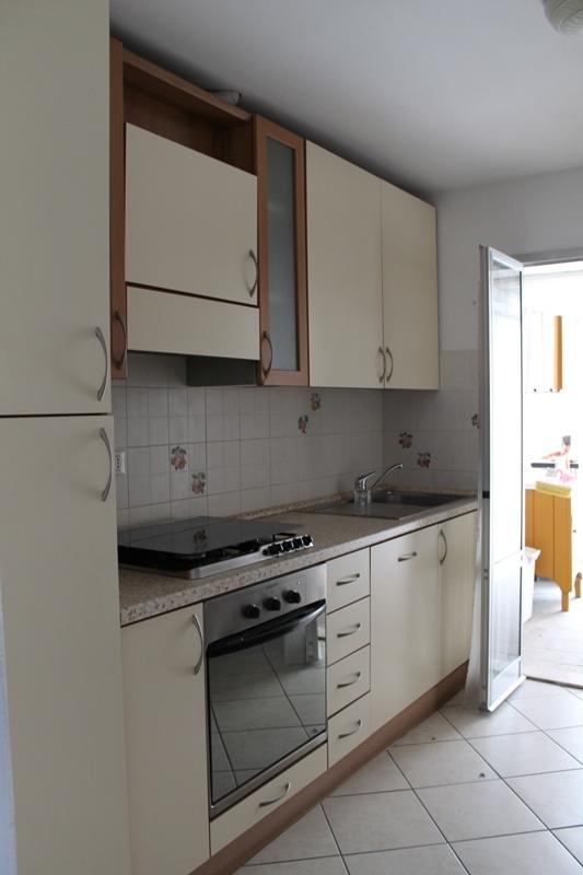 Appartamento in affitto a Jesi, 9999 locali, prezzo € 300   Cambio Casa.it