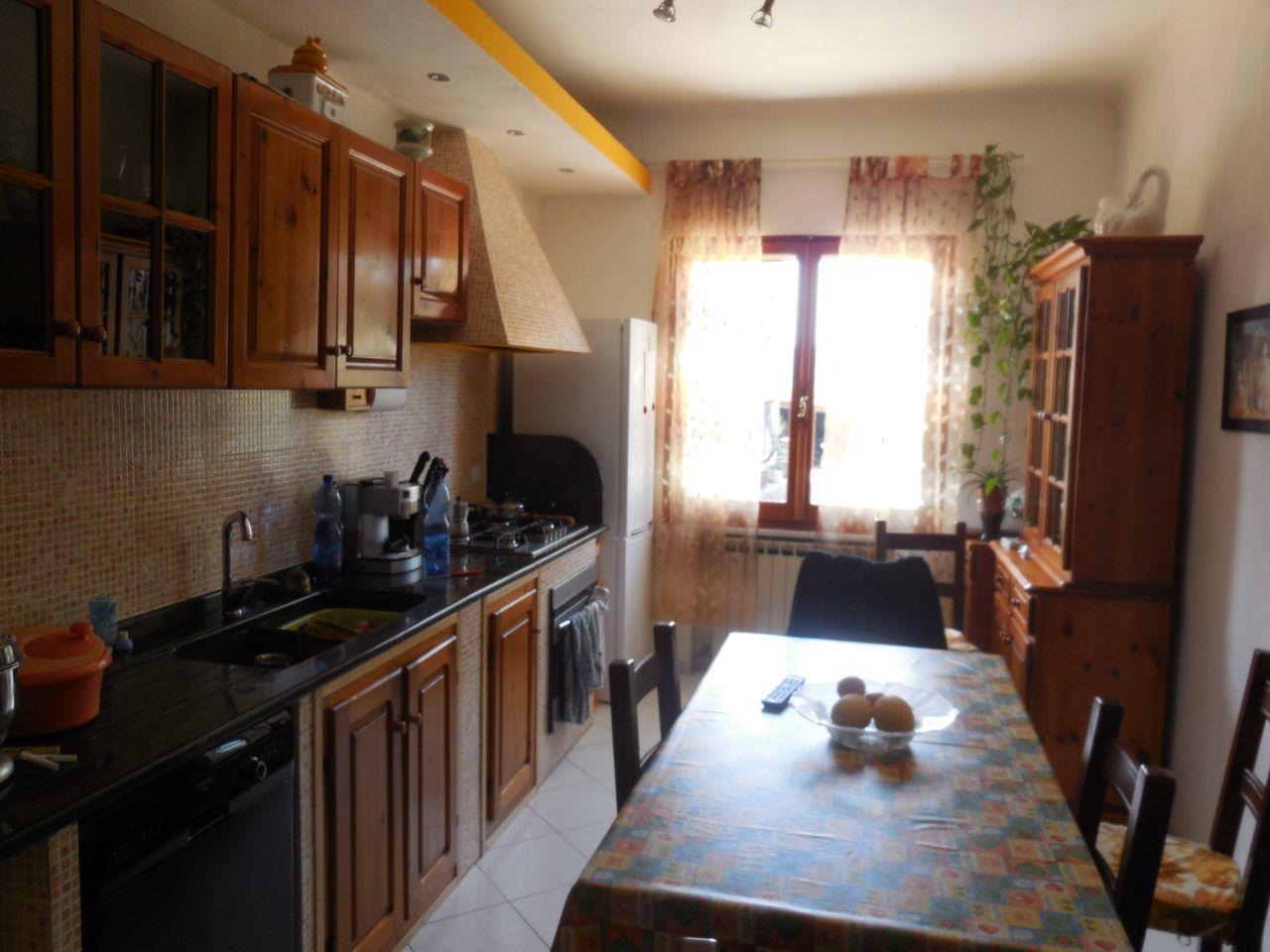 vendita appartamento castelnuovo magra   260000 euro  4 locali  100 mq