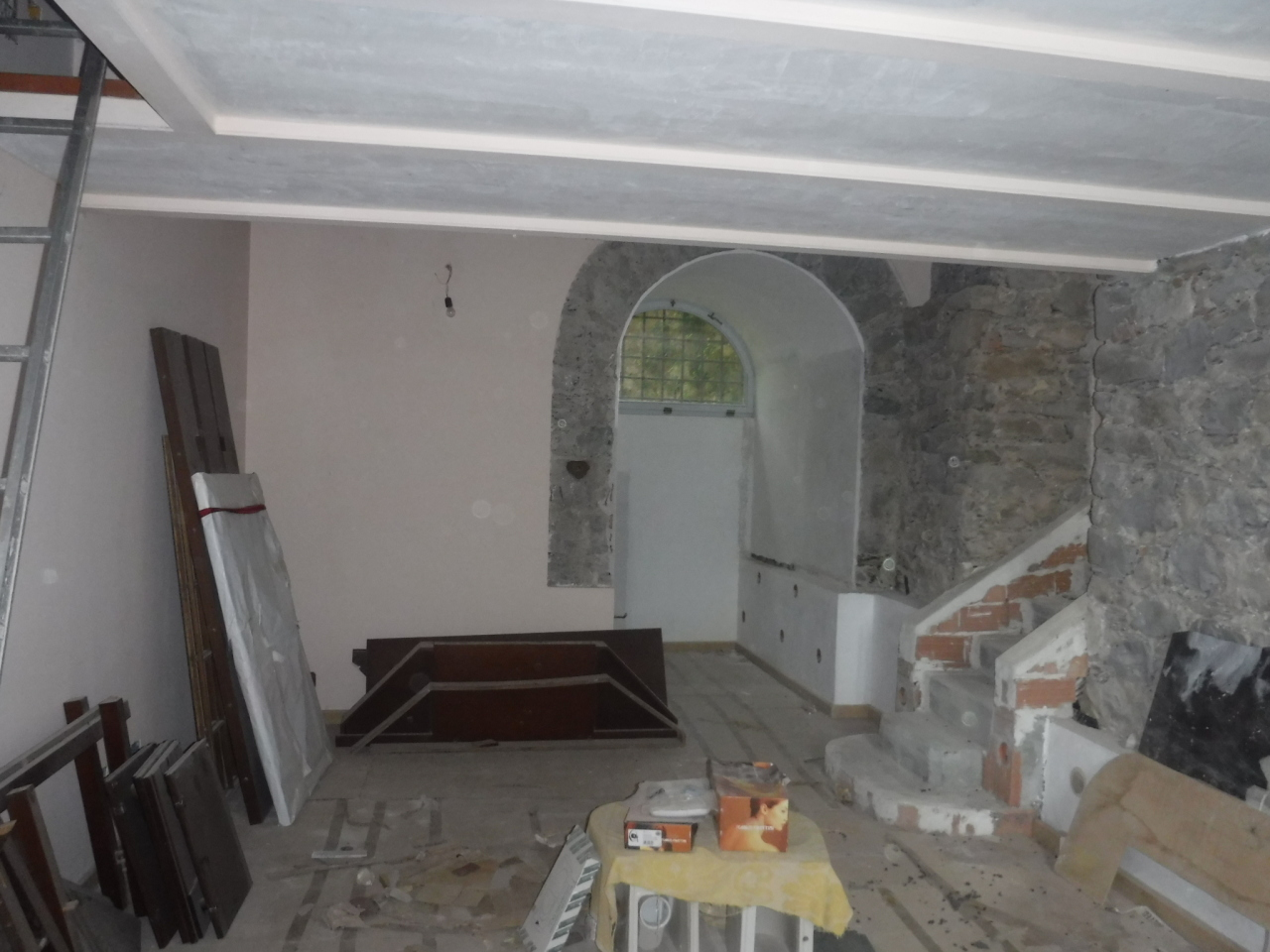 vendita appartamento castelnuovo magra   150000 euro  3 locali  65 mq